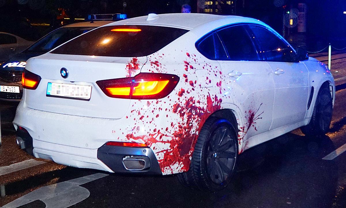 Mercedes Benz Van >> Polizeieinsatz wegen blutverschmiertem BMW X6: Video ...