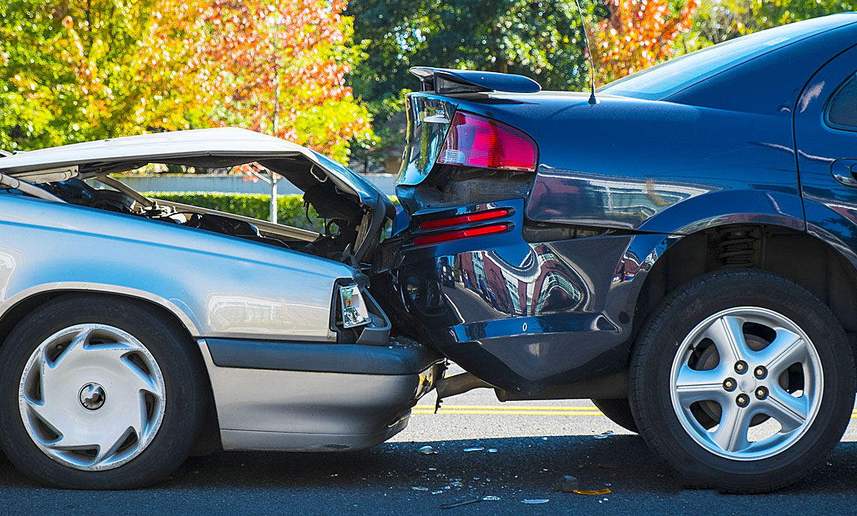 Rückwärts aus der Einfahrt: Schuld bei Unfall | autozeitung.de