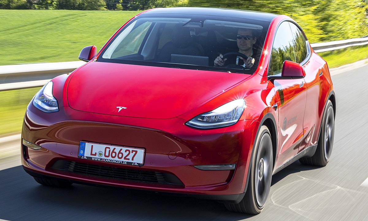 Neues Tesla Model Y (2020): Erste Testfahrt | autozeitung.de