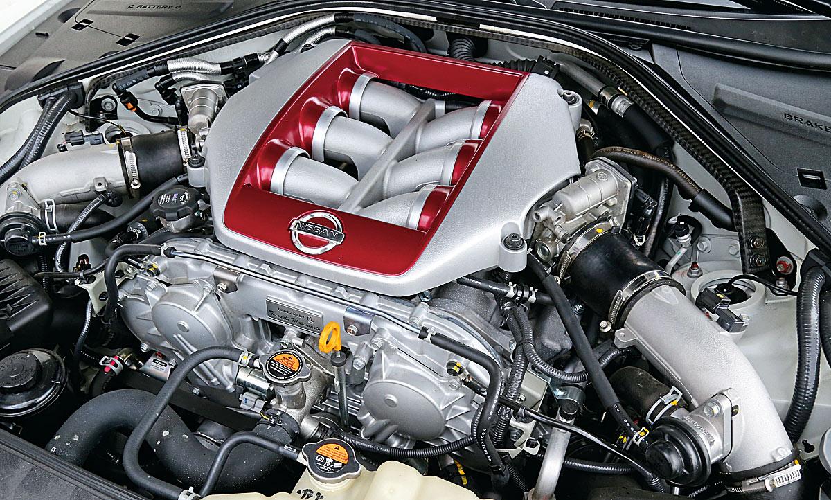 Bmw M4 Cs Nissan Gt R Track Edition Test Motor