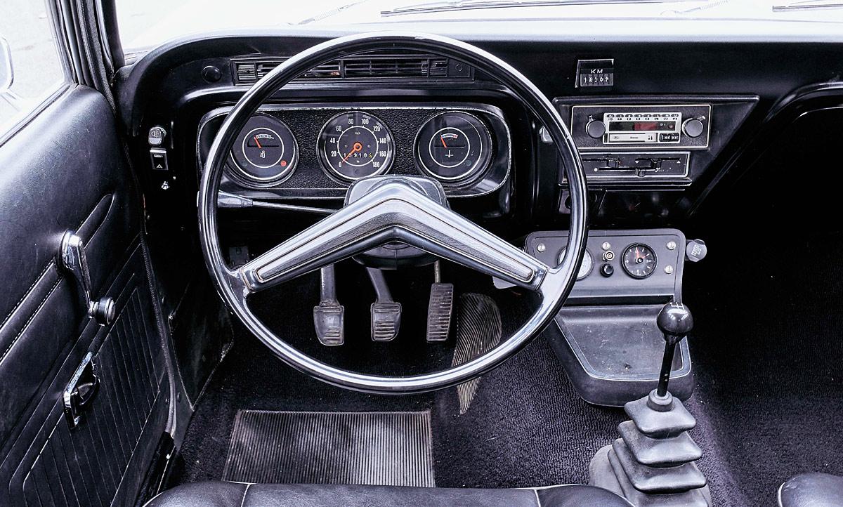 ford-taunus-1972-02.jpg
