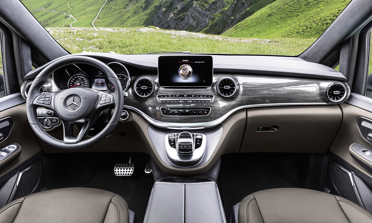 Mercedes E Klasse Innenraum 2019 - hagellacarter