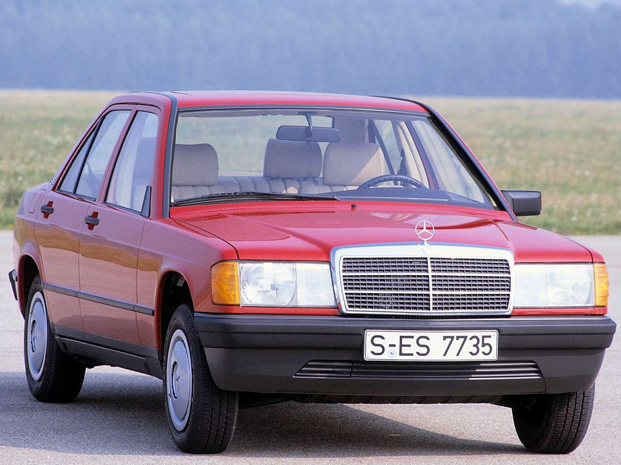 25 jahre mercedes 190e. Black Bedroom Furniture Sets. Home Design Ideas