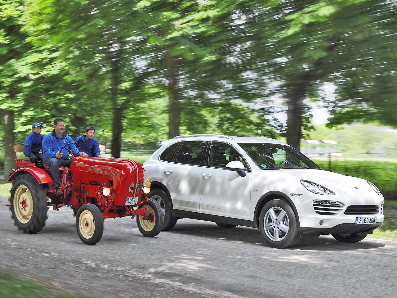 Porsche-Diesel: Cayenne und Junior Traktor | autozeitung.de