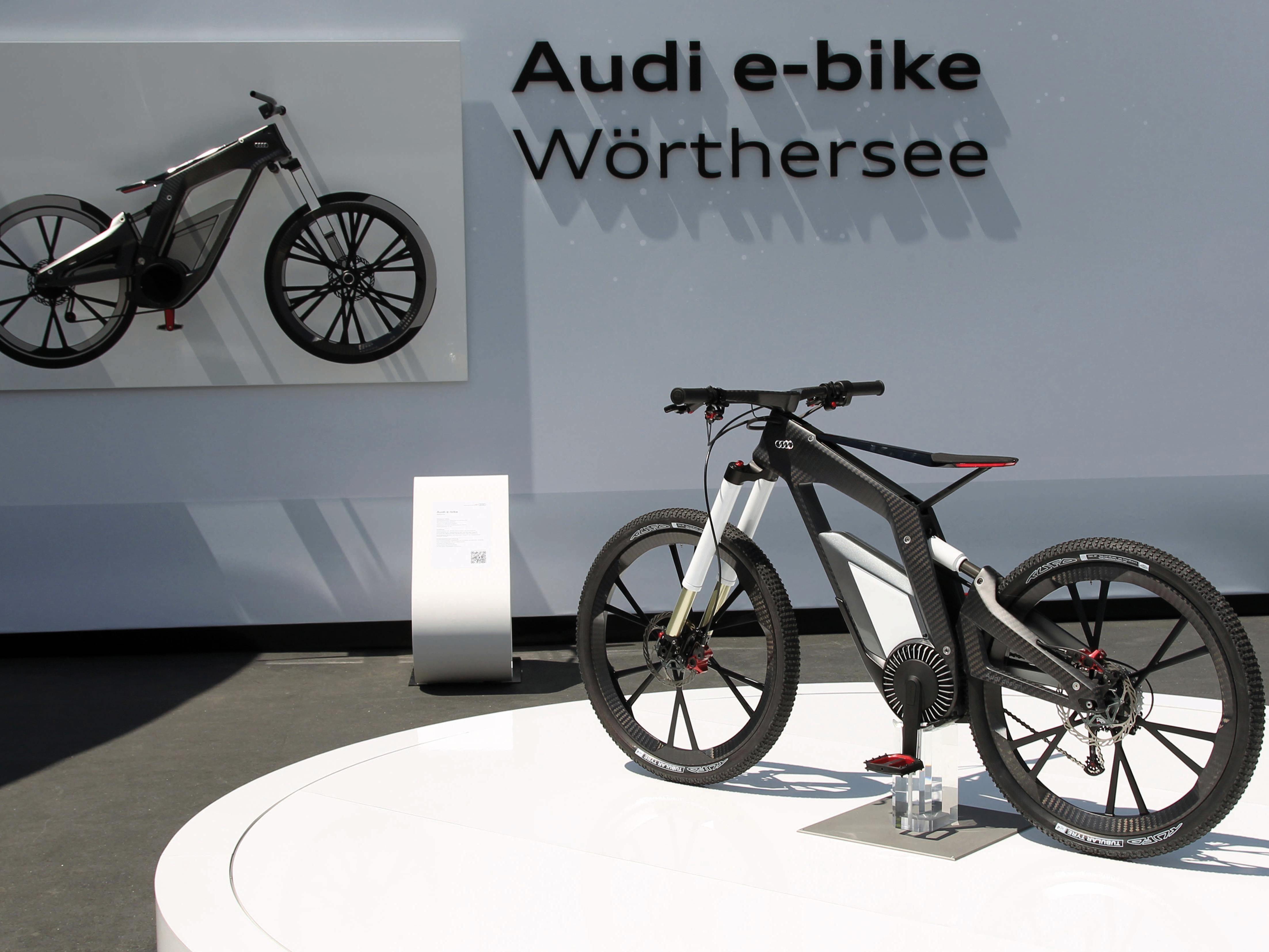 audi e-bike: power-pedelec für stunts am wörthersee 2012 |