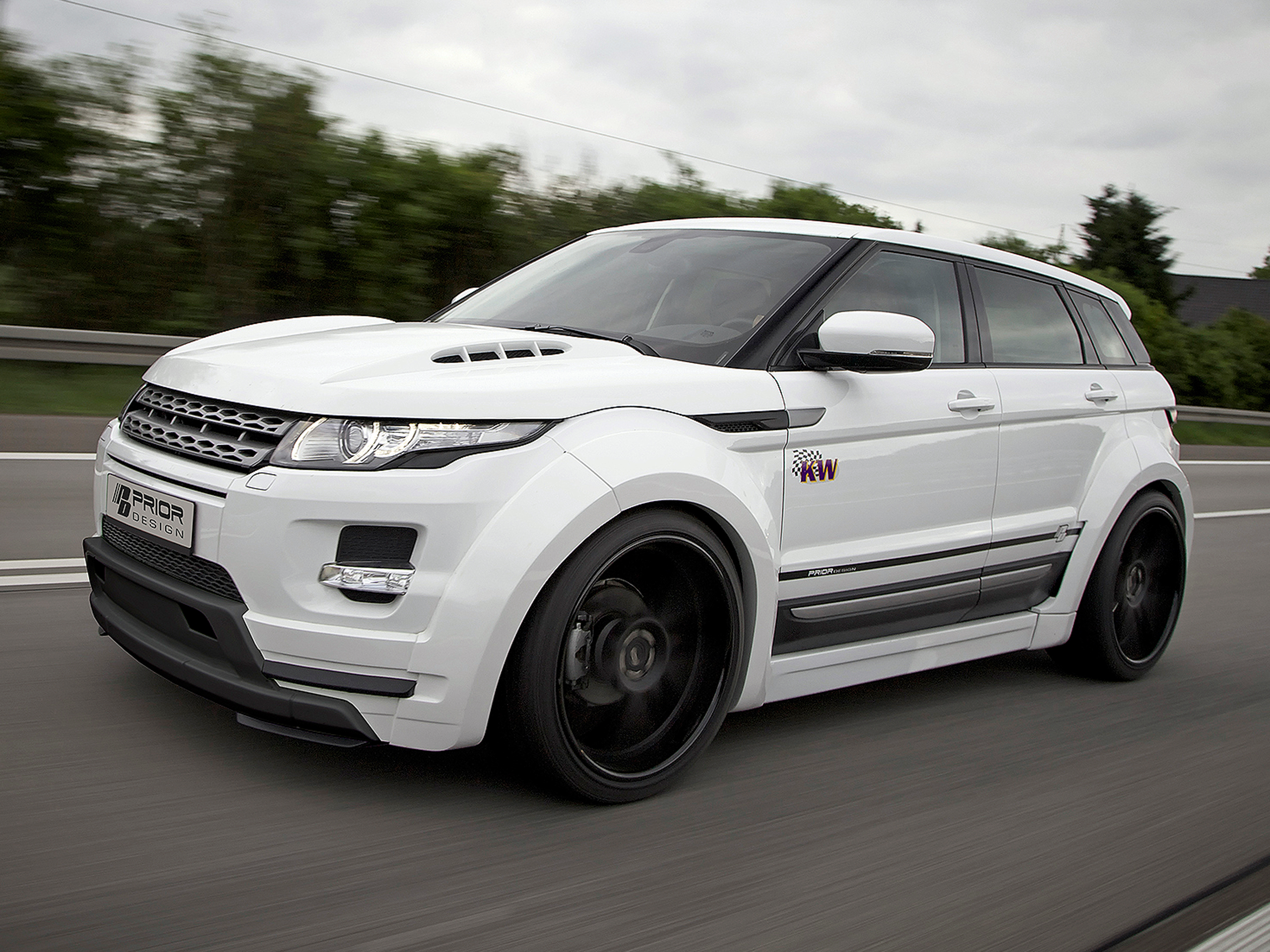 prior design range rover evoque tuning mit breitbau body. Black Bedroom Furniture Sets. Home Design Ideas