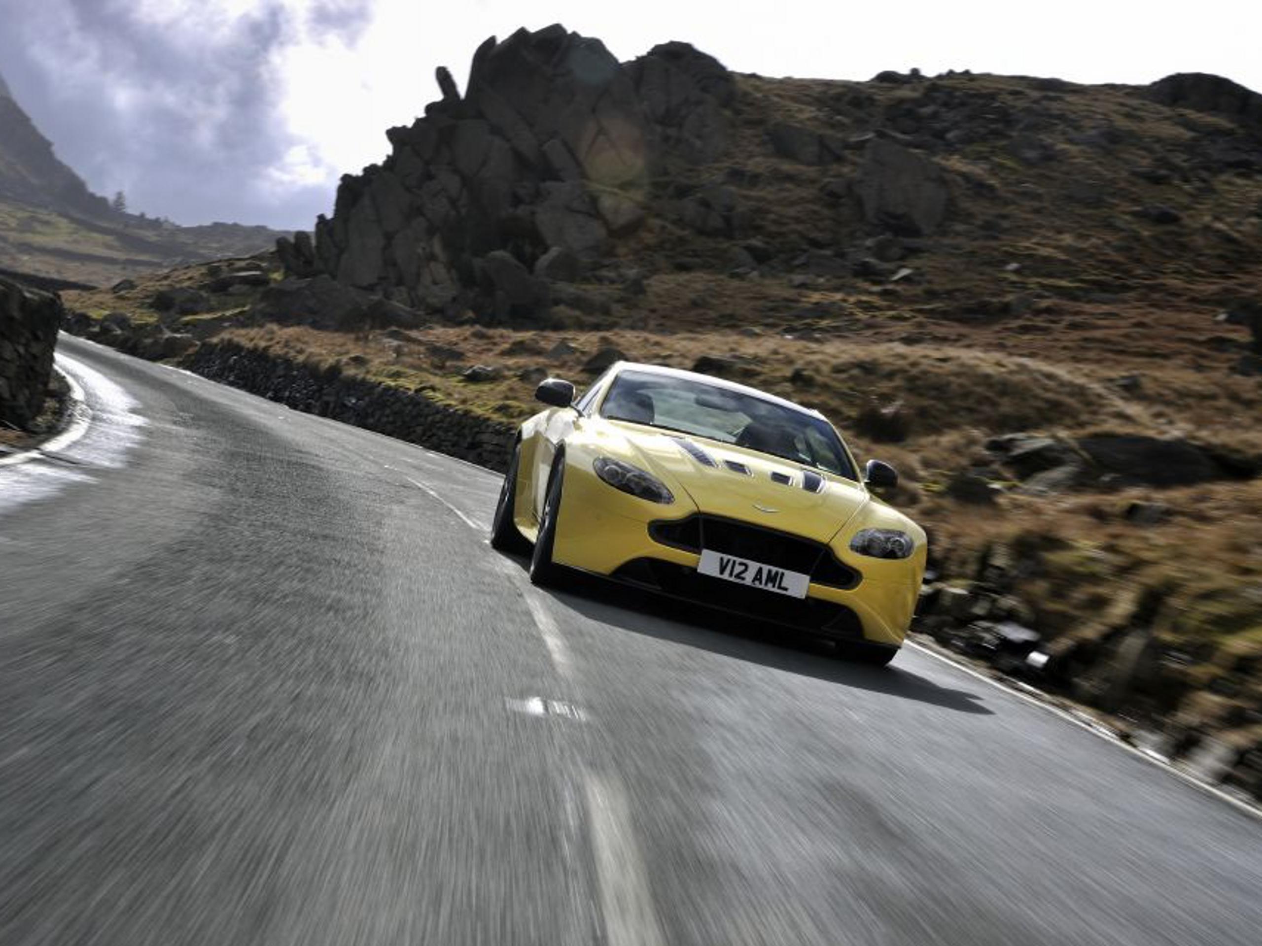 Aston Martin V12 Vantage S 2013 Preise Und Technische Daten