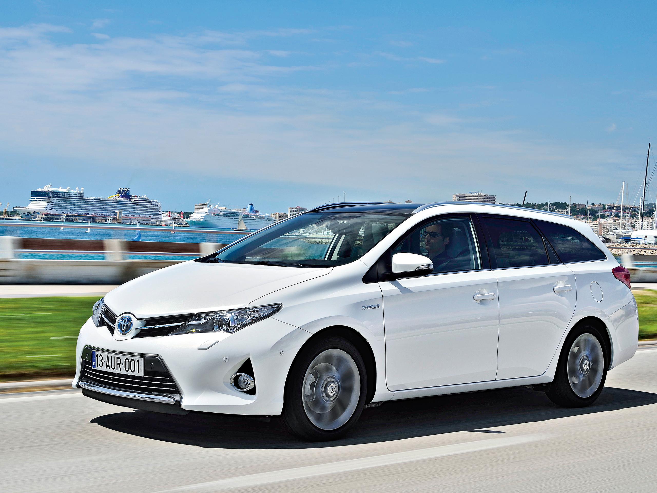 Fahrbericht Toyota Auris Touring Sports Hybrid Bilder Und