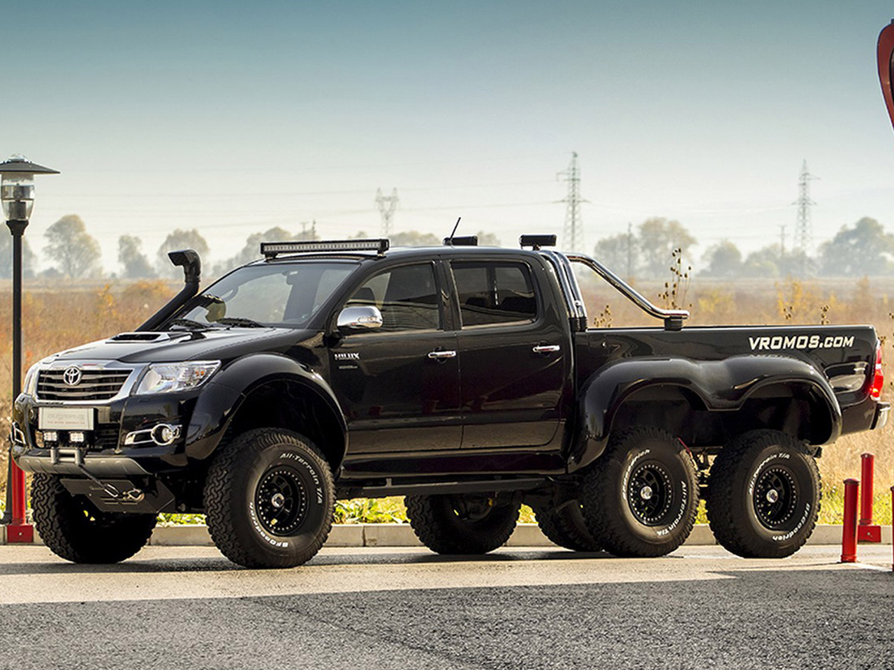 Toyota Hilux 6x6: Tuning von Vromos   autozeitung.de