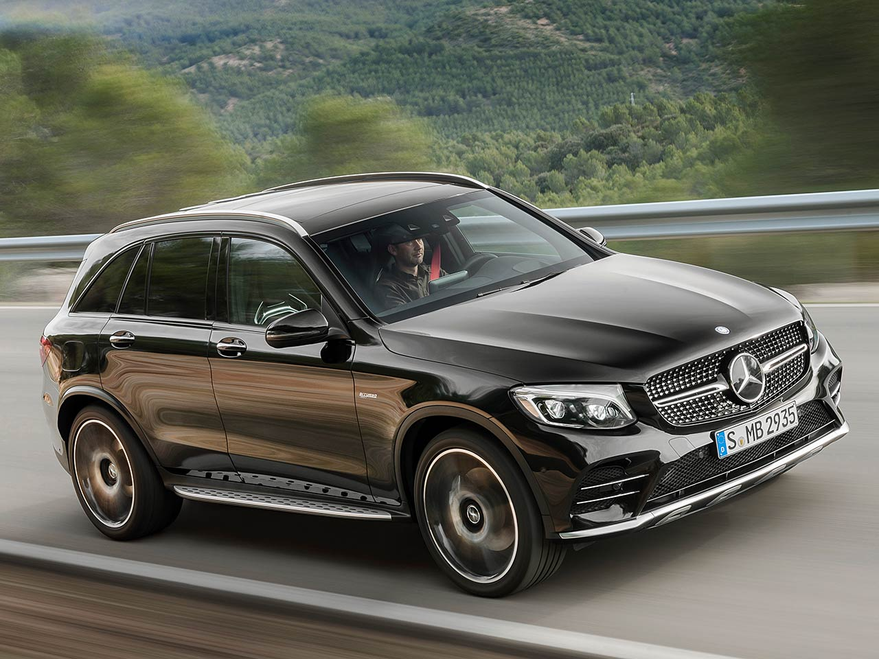 mercedes amg glc 43 4matic 2016 preis. Black Bedroom Furniture Sets. Home Design Ideas