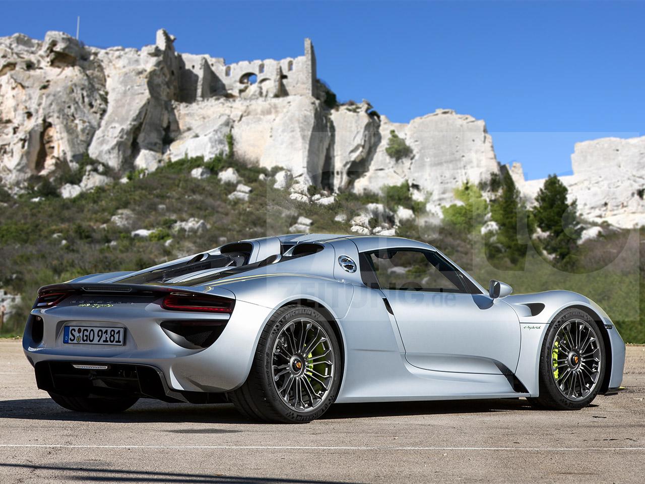 2020 Porsche 960 Interior