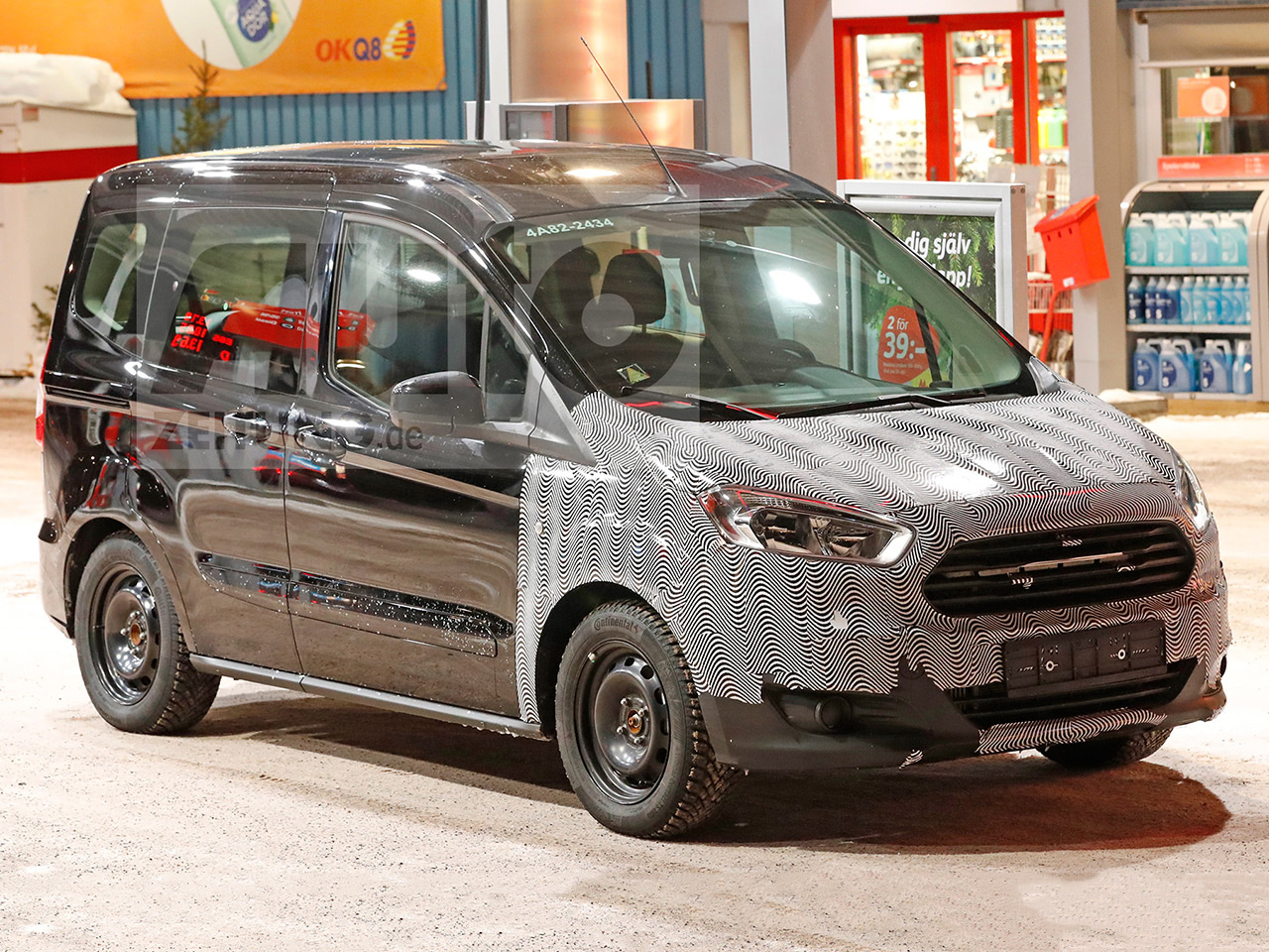 ford tourneo courier facelift 2017. Black Bedroom Furniture Sets. Home Design Ideas