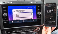 Mazda 3/VW Golf: Connectivity