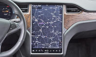 Tesla Model X: Connectivity