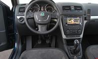 Vergleich SUV Van Skoda Yeti Roomster 1-2 TSI Cockpit