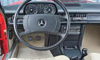 Mercedes 230.4 Bilder technische Daten Oldtimer Cockpit