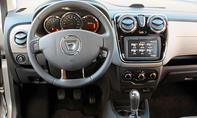 Dacia Lodgy Kaufberatung Bilder technische Daten Cockpit