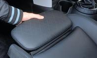 Mini Cooper Fünftürer 2014 Test Vordersitz Beinauflage