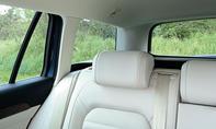 VW Passat Variant TDI 2014 Test Fahrbericht Kombi Rückbank Kopfstütze Sicht
