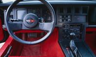 Chevrolet Corvette Vergleich Sportwagen Cockpit
