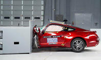 Ford Mustang im IIHS-Crashtest