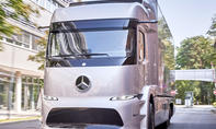 Mercedes Urban eTruck (2020)