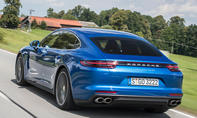 Top-12 der stärksten Luxuslimousinen: Porsche Panamera Turbo S