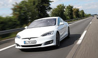 Tesla Model S: Autopilot-Test
