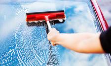 Autoscheiben reinigen
