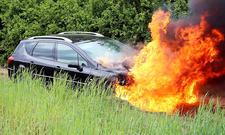 Verhalten bei Fahrzeugbrand