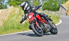 Motorradfahrer (Symbolbild)