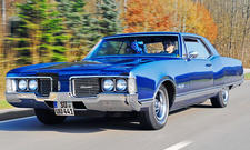 Oldsmobile 98 Holiday Coupé: Classic Cars