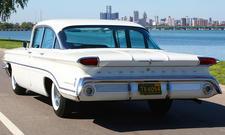 Oldsmobile 88 Dynamic: Classic Cars