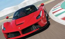 Ferrari LaFerrari 2014 Test Fahrbericht Supersportler Hybrid technische Daten Bilder