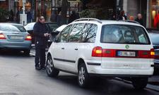 Ratgeber: Warnblinker im Halteverbot erlaubt?