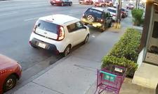 Heftiger Crash: Kamera filmt Unfall