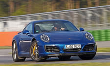 Porsche 911 Carrera S (2016)