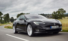 Tesla Model S P90D im Test
