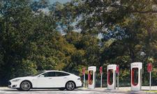 Tesla Supercharger-Station