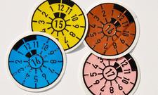 Farben der TÜV-Plakette