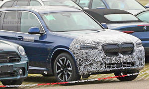 BMW iX3 Facelift