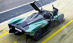 Aston Martin Valkyrie Spider (2021)