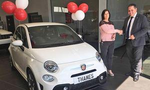 Autohaus verschenkt Neuwagen