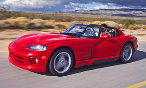 Dodge Viper RT/10: Classic Cars