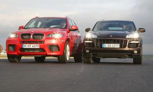 Power-SUV im Vergleich – BMW X5 M gegen Porsche Cayenne Turbo S
