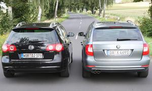 VW Passat Variant 2.0 TDI und Skoda Superb Combi 2.0 TDI im Vergleichstest der Kombis