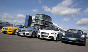 Roadster im Test: Audi TTS Roadster, BMW Z4 sDrive35i, Mercedes SLK 350 BlueEFFICIENCY und Porsche Boxter S