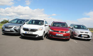 Vier Kompaktvans im Test: Dacia Lodgy, Ford Grand C-MAX, Opel Zafira Tourer und VW Touran