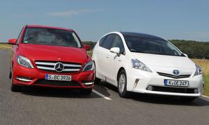 Mini-Vans: Mercedes B 200 BlueEFFICIENCY gegen Toyota Prius+