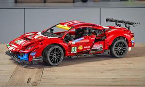 Ferrari 488 GTE: Lego Technic-Bausatz